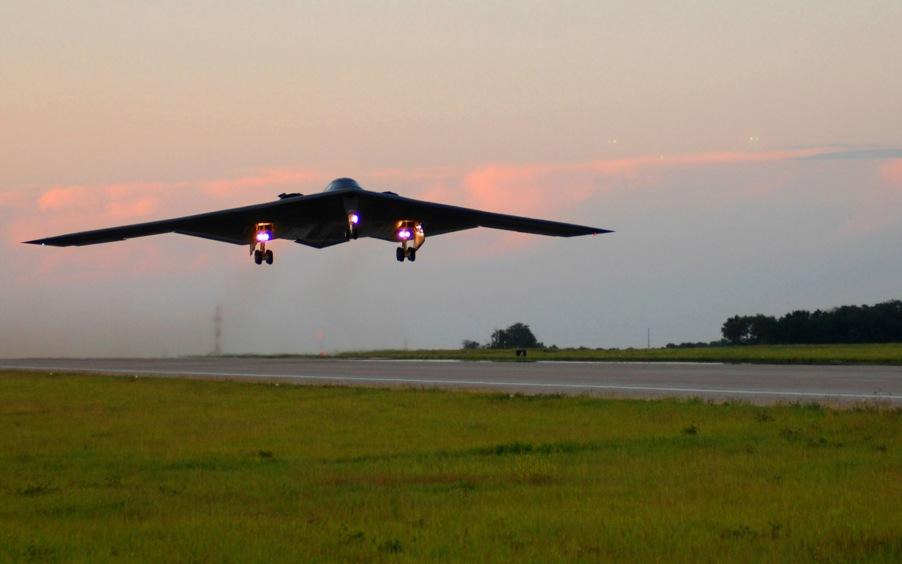 131st Bomb Wing milestone: MOGAR makes first all-air guard B-2 flight